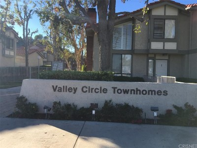 West Hills Condo/Townhouse For Sale: 6845 Valley Circle Boulevard #24