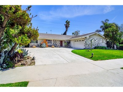 Tarzana Single Family Home For Sale: 5274 Crebs Avenue