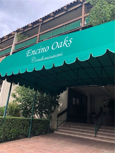 Encino Condo/Townhouse Active Under Contract: 5460 White Oak Avenue #D314