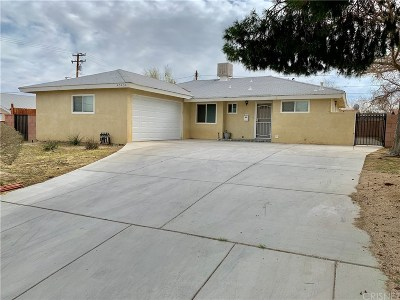 Los Angeles County Single Family Home For Sale: 45434 4th Street East