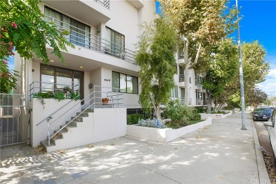 Sherman Oaks Condo/Townhouse For Sale: 4619 Kester Avenue #12