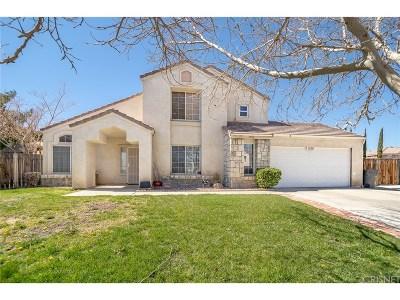 Palmdale Single Family Home For Sale: 1556 Safari Court