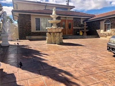 Lancaster Single Family Home For Sale: 1132 West Avenue J7