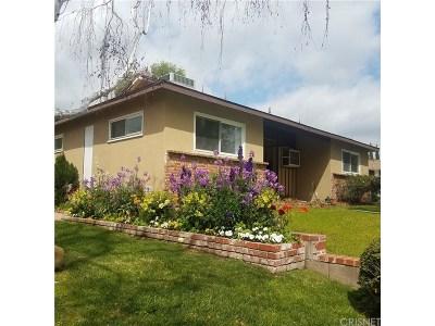 Granada Hills Single Family Home For Sale: 11429 Swinton Avenue