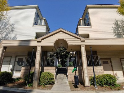 Pacoima Condo/Townhouse For Sale: 11150 Glenoaks Boulevard #193