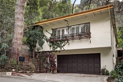 Los Angeles Single Family Home For Sale: 7697 Willow Glen Road