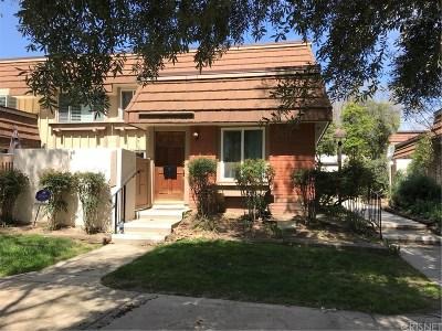 Chatsworth CA Condo/Townhouse For Sale: $510,000