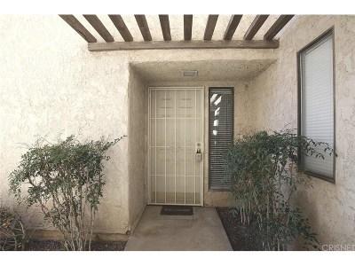 Lancaster Condo/Townhouse For Sale: 422 West Avenue J5 #31
