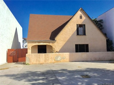 Canoga Park Residential Lots & Land Active Under Contract: 7022 Owensmouth Avenue