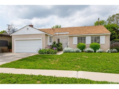 Encino Single Family Home Active Under Contract: 5827 Ostrom Avenue
