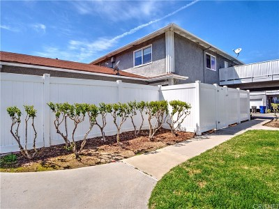Condo/Townhouse Active Under Contract: 20760 Plum Canyon Road