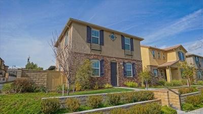 Valencia West Creek (VLWC) Single Family Home For Sale: 28667 Vista Del Rio Drive