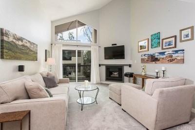 Woodland Hills Condo/Townhouse For Sale: 21400 Burbank Boulevard #308