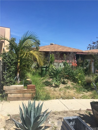 Arleta Single Family Home Active Under Contract: 9158 Morehart Avenue