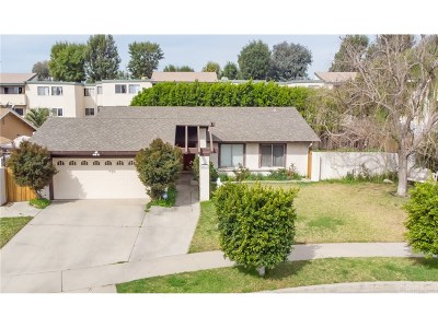 Granada Hills Single Family Home For Sale: 10623 Collett Avenue