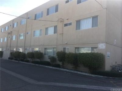 North Hollywood Condo/Townhouse Active Under Contract: 6342 Morse Avenue #308
