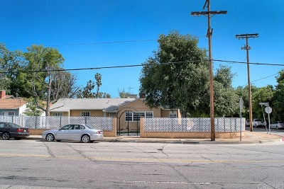Mission Hills San Fernando Single Family Home For Sale: 14786 Chatsworth Drive