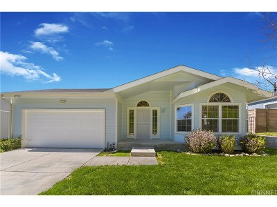 Canyon Country Single Family Home Active Under Contract: 27909 Vista View Drive