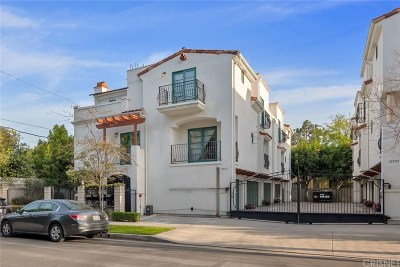 Toluca Lake Condo/Townhouse For Sale: 10550 Valley Spring Lane