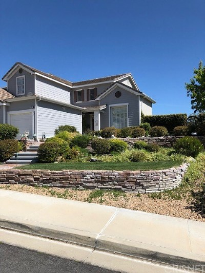 Canyon Country Single Family Home Active Under Contract: 28212 Foxlane Drive