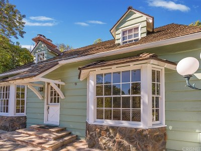 Studio City Single Family Home Active Under Contract: 12060 Laurel Terrace Drive