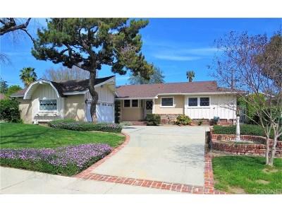Northridge Single Family Home Active Under Contract: 9254 Yolanda Avenue