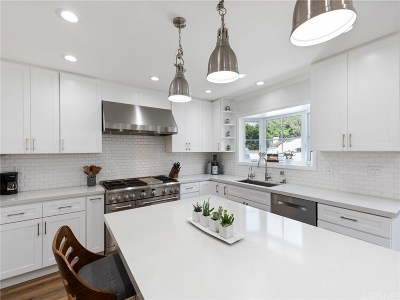 Van Nuys Single Family Home Active Under Contract: 6618 Firmament Avenue