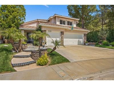Valencia Single Family Home Active Under Contract: 27556 Weston Drive