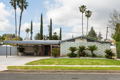 Northridge Single Family Home For Sale: 17611 Vintage Street