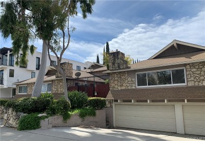 Sherman Oaks Condo/Townhouse For Sale: 15216 Magnolia Boulevard #1