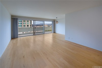 Los Angeles County Condo/Townhouse For Sale: 10701 Wilshire Boulevard #1505