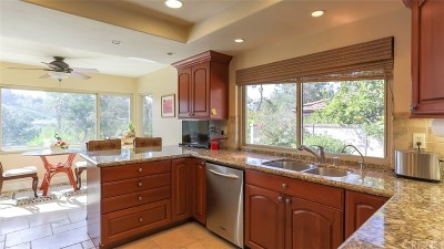 Thousand Oaks Single Family Home For Sale: 3970 Calle Del Sol