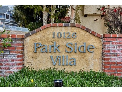 Northridge Condo/Townhouse For Sale: 10126 Reseda Boulevard #105