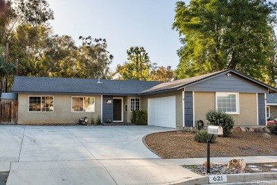Simi Valley Single Family Home Active Under Contract: 621 Comet Avenue