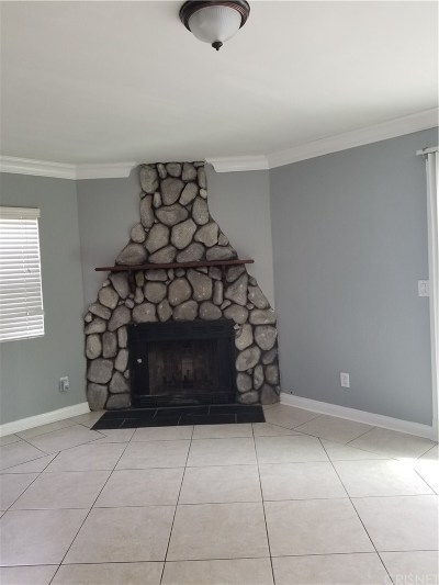 Reseda CA Single Family Home For Sale: $2,900