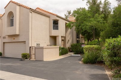 Chatsworth Condo/Townhouse For Sale: 11202 Sierra Pass Place