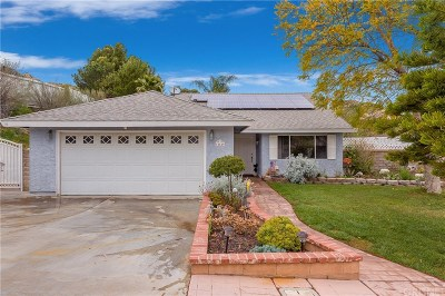 Canyon Country Single Family Home For Sale: 14649 Hydrangea Way