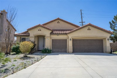 Palmdale Single Family Home For Sale: 1886 Hideaway Place