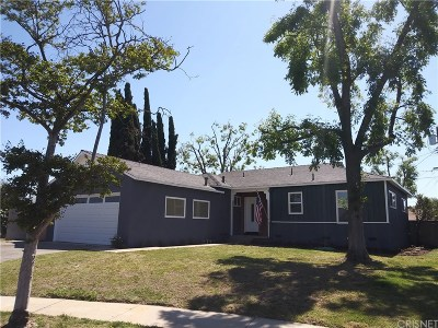 Arleta Single Family Home For Sale: 13130 Muscatine Street