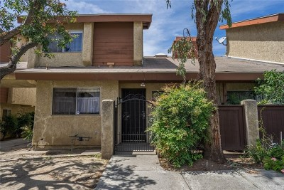 North Hills Condo/Townhouse For Sale: 8435 Columbus Avenue #4