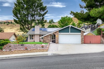 Canyon Country Single Family Home For Sale: 28507 Alder Peak Avenue