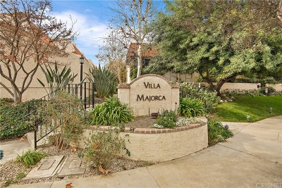 Woodland Hills Condo/Townhouse For Sale: 6256 Shoup Avenue
