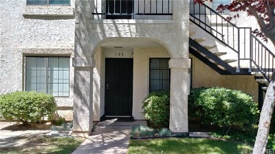 Palmdale Condo/Townhouse For Sale: 2554 Olive Drive #193