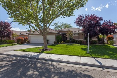 Lancaster Single Family Home For Sale: 43249 Paloma Court
