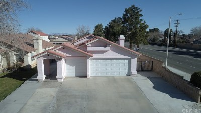 Lancaster Single Family Home For Sale: 863 East Avenue J12