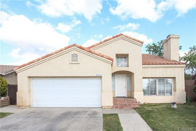Palmdale Single Family Home For Sale: 37610 Laderman Lane