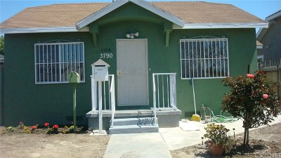 Los Angeles County Single Family Home For Sale: 3790 South Harvard Boulevard