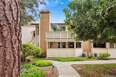 Thousand Oaks Condo/Townhouse For Sale: 2462 Pleasant Way #E