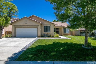 Palmdale Single Family Home For Sale: 38718 37th Street East