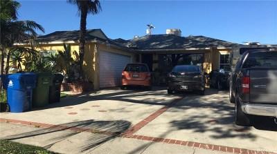 Arleta Single Family Home Active Under Contract: 8860 Zeiler Avenue